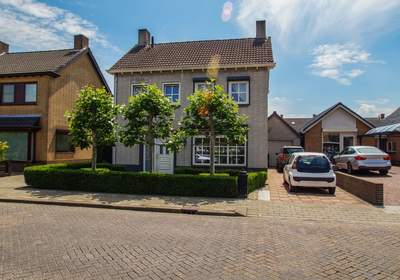 Vijverstraat 31 in St. Willebrord 4711 GM