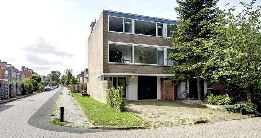 Stadhouderslaan 15 in Appingedam 9901 HN