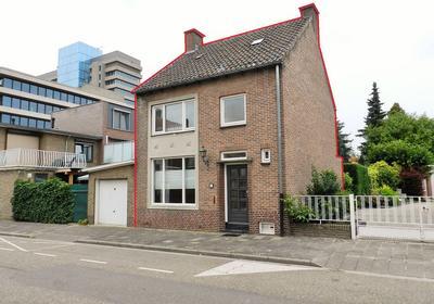Oude Lindestraat 52 in Heerlen 6411 EJ