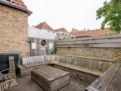 Zoutsloot 24 in Harlingen 8861 SX