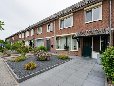 Van Deysselstraat 4 in Kaatsheuvel 5171 EE