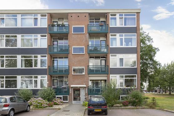 Keizer Frederikstraat 203 in Deventer 7415 KG