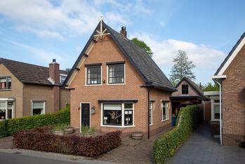 Hattemseweg 79 in Apeldoorn 7335 JJ