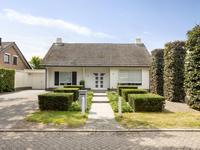 Pastoor De Grootstraat 5 in Loosbroek 5472 PC