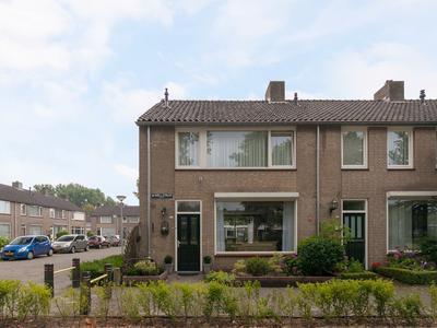 Mr. Roellstraat 24 in Waalwijk 5142 AT