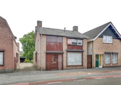 Sint Martinusstraat 10 A in Rucphen 4715 AH