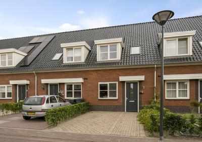 Pastoor Vereeptstraat 6 in Valkenswaard 5551 NC