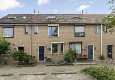 Kempenaar 15 in Oud-Beijerland 3263 PC