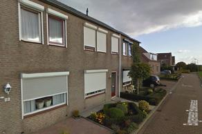 Burgemeester Bouwensestraat 24 in Scherpenisse 4694 EJ