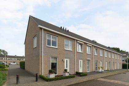 Tjerk Hiddesstraat 72 in Helmond 5703 XJ