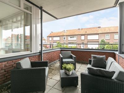 Javastraat 132 in 'S-Hertogenbosch 5215 BK