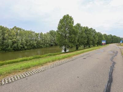 Wilgenstraat 11 in Boven-Leeuwen 6657 AL