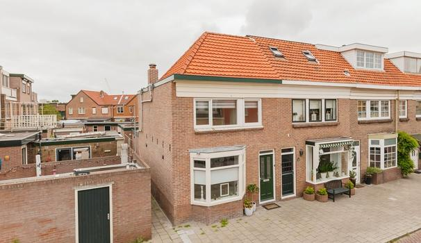 Jan Pieterszoon Coenstraat 22 in IJmuiden 1972 AS