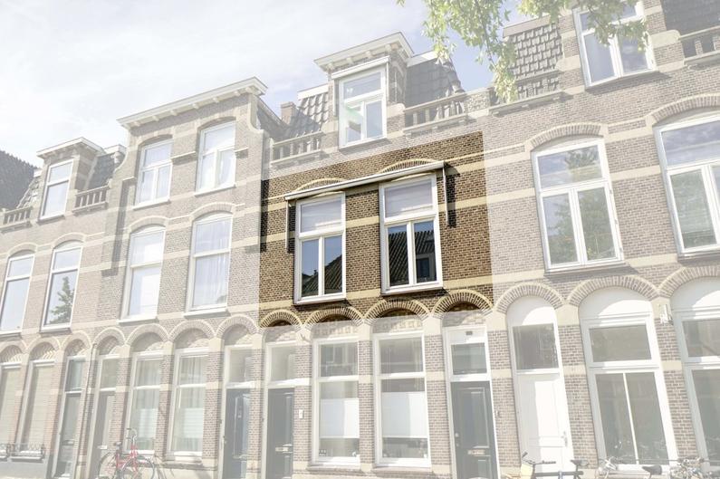 Lage Rijndijk 35 in Leiden 2315 JL