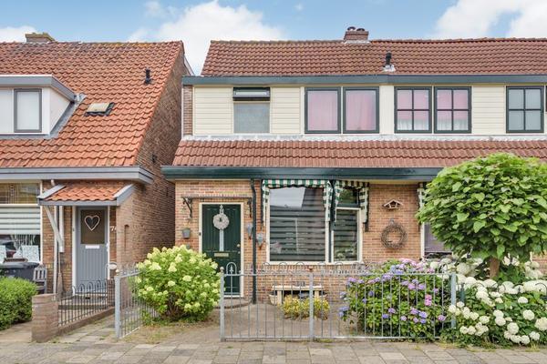 Munnikenweg 76 in Beverwijk 1947 EW