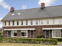 Cantatehof 27 in Rosmalen 5245 AL