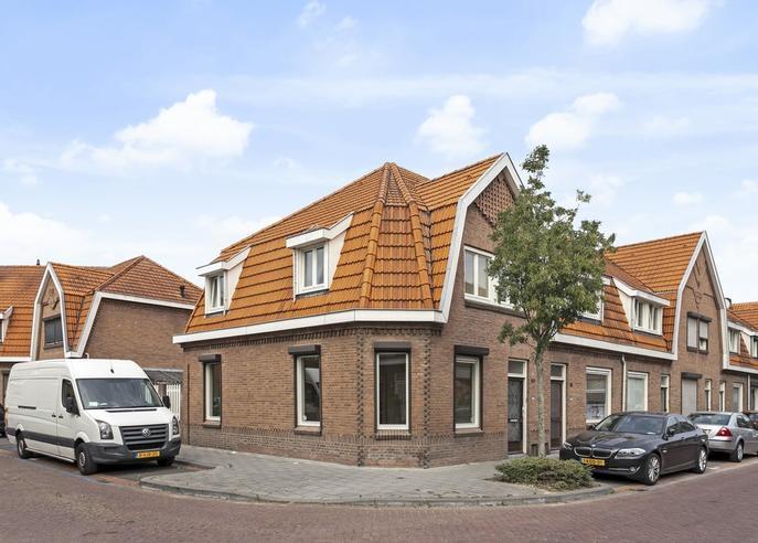 Koningin Regentesselaan 60 in Roermond 6043 CN