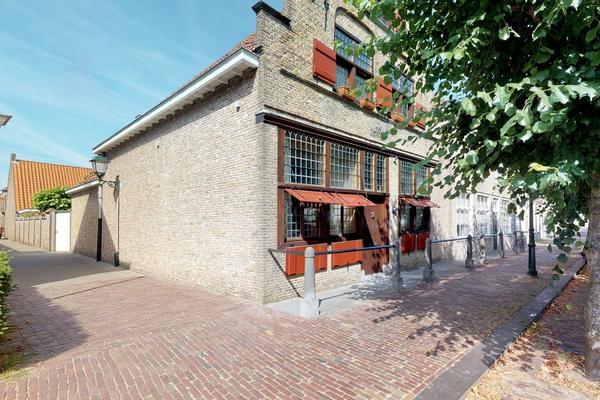 Venestraat 29 in Geertruidenberg 4931 BM
