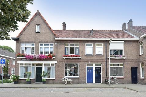Superior De Beerstraat 128 in Tilburg 5046 HD