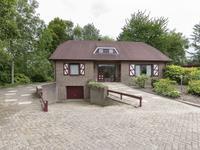 'T Ravelijn 52 in Klundert 4791 KC
