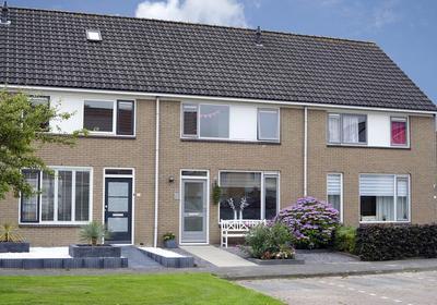 Pinksterbloem 19 in Sneek 8607 DW