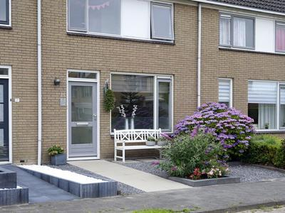 Pinksterbloem 19 in Sneek 8607 DW