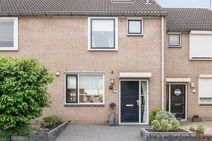 Goudplevier 47 A in IJsselmuiden 8271 GE