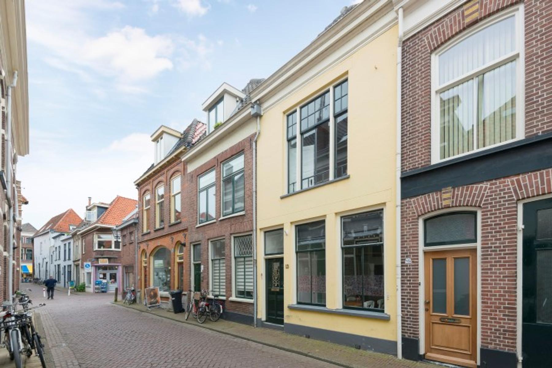 Burgwalstraat 13 in Kampen 8261 HJ