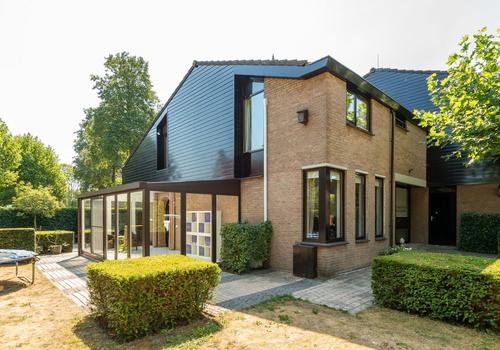 Hofwijk 3 in Zwijndrecht 3334 GJ