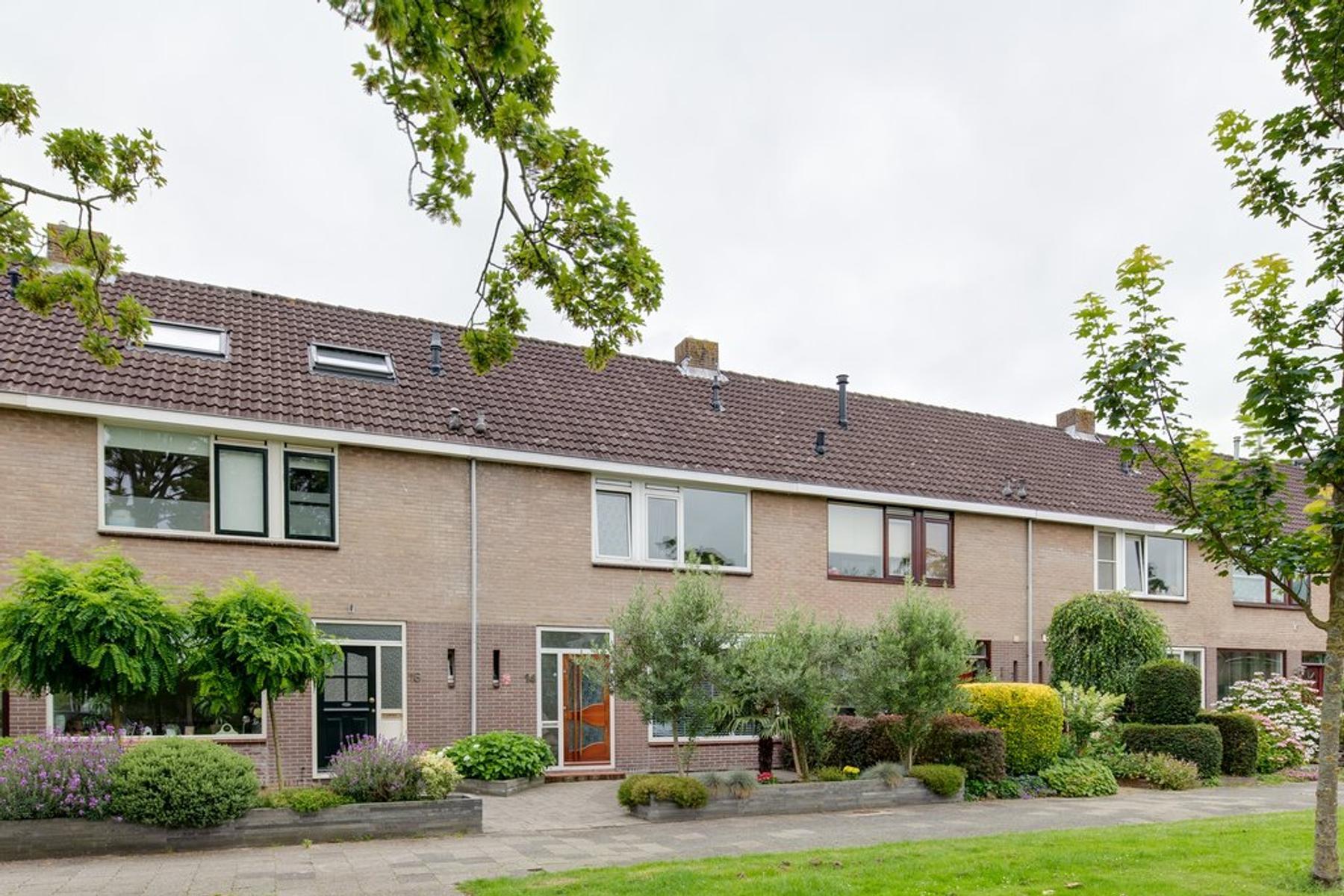 Henri Dunantstraat 14 in Purmerend 1443 GE