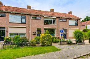 Prinses Beatrixstraat 19 in Fijnaart 4793 CV