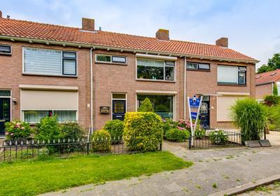Prinses Beatrixstraat 19 in Fijnaart 4793 CV