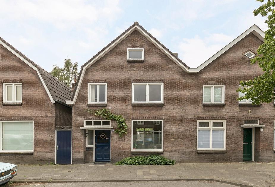 Lijmbeekstraat 104 in Eindhoven 5612 NG