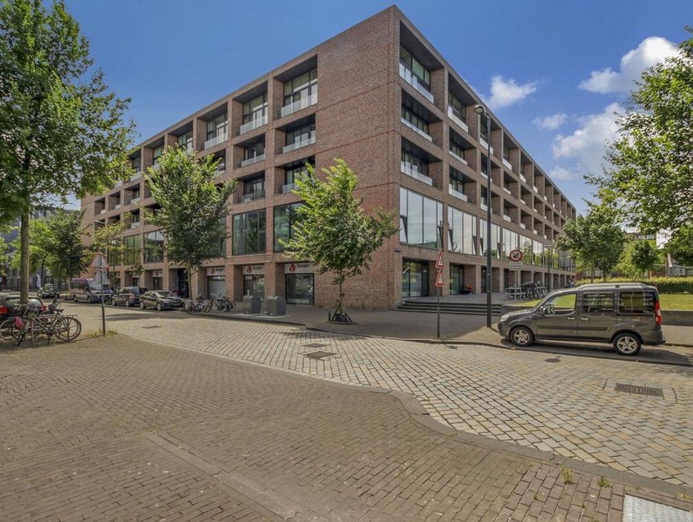 Erich Salomonstraat 144 in Amsterdam 1087 EH