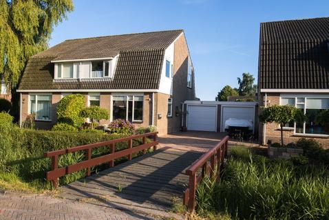Karveel 10 in Franeker 8802 NH