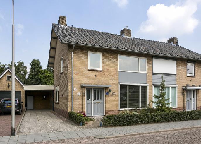 Esdoornstraat 11 in Nieuwkuijk 5253 BT