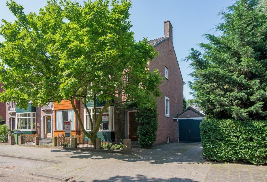 Zwartewaalstraat 163 in Rotterdam 3081 HZ