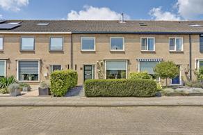 Van Hogendorpstraat 25 in Almkerk 4286 BJ