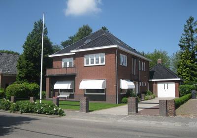 Hoofdstraat 13 in Uithuizermeeden 9982 AA