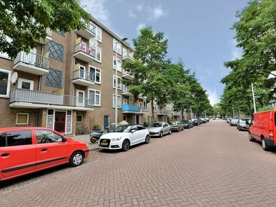 Jacques Veltmanstraat 28 3 in Amsterdam 1065 EJ