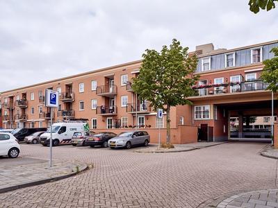Kluisstraat 52 in Helmond 5701 KR