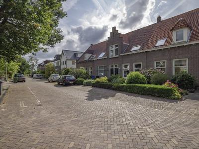 Vinkelaan 4 in Wassenaar 2245 AH