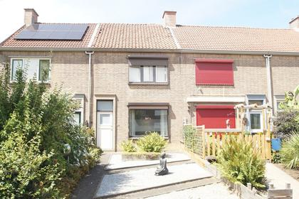 Antoniusstraat 33 in Geleen 6166 XH