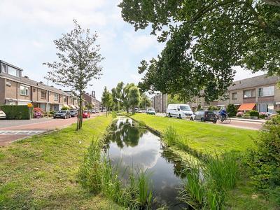 Jan Pieterszoon Coenlaan 29 in Alphen Aan Den Rijn 2404 AL