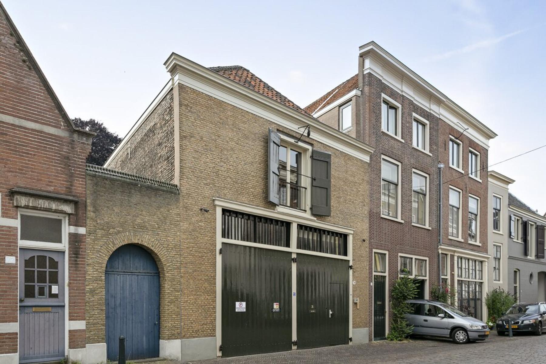 Varkenmarkt 74 in Dordrecht 3311 BR