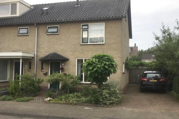 Zandsteenstraat 100 in 'T Harde 8084 XM