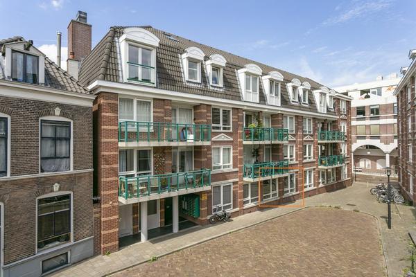 Graaf Van Burenstraat 2 F10 in Deventer 7411 RW