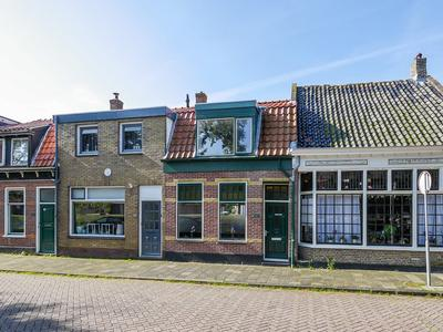 Spoorgracht 21 in Den Helder 1781 CD