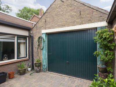Van Der Markstraat 1 in Zevenbergen 4761 KA