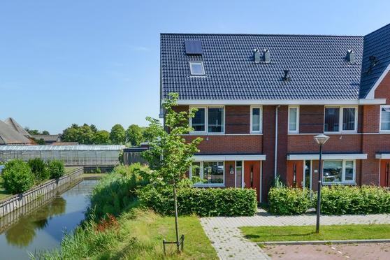 Albert Van Damstraat 25 in Zwaag 1689 XN